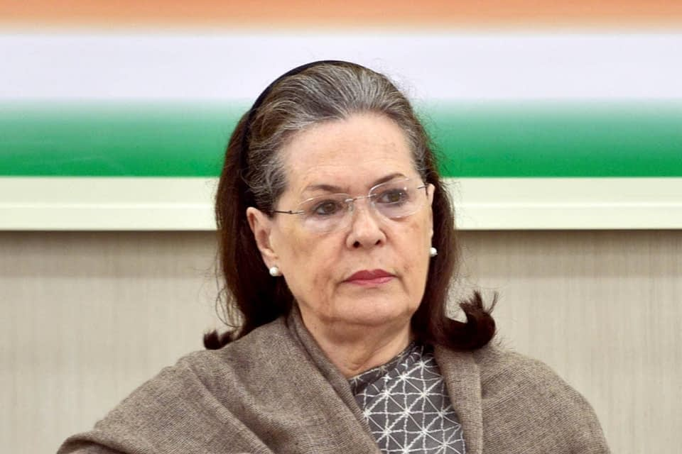 Sonia to meet dissenters on 19th Dec